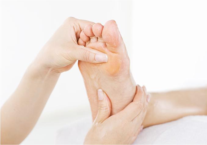 カラダの不調を改善できる足ツボマッサージ