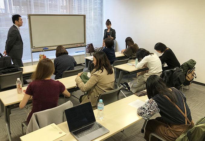 卒業生勉強会の様子(東京本校)